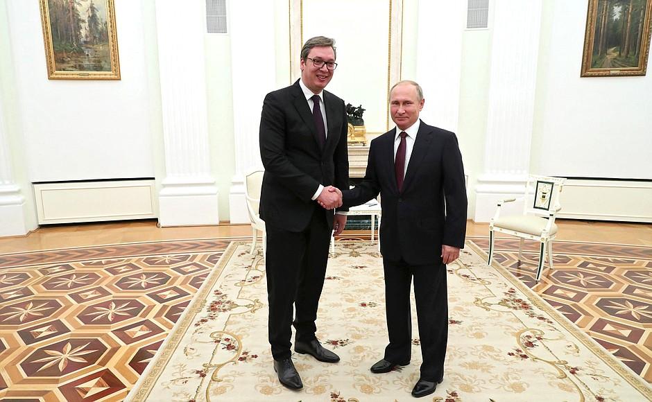 Владимир Путин и Александр Вучич обсудили ситуацию на Балканах
