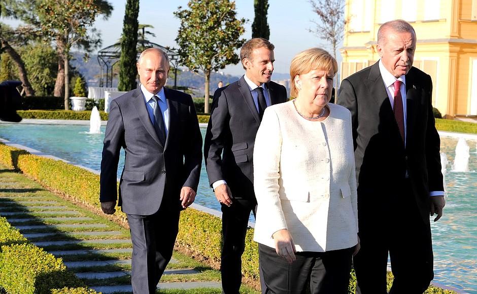 Состоялась встреча лидеров России, Турции, Германии и Франции