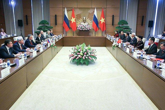 Россия и Вьетнам создали Межпарламентскую комиссию