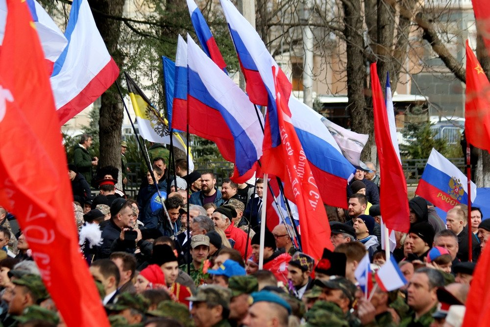 Российские и французские парламентарии приняли участие в праздновании годовщины «крымской весны»